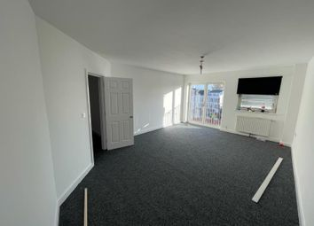 3 bed flat to rent in Mare Street, London E8