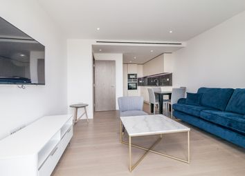 Thumbnail 1 bed flat to rent in Gauging Square, Wapping