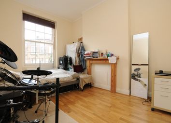 Thumbnail 3 bed flat to rent in Tysoe Street, London