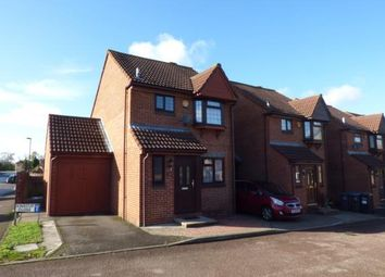 3 bed link-detached house for sale in Kingcup Close, Shirley, Croydon, Surrey CR0