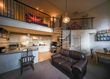 2 bed flat for sale in Market Place, Ramsbottom, Bury BL0