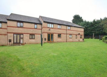 Thumbnail 2 bed flat to rent in Buckland Court, Kidlington