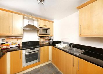 Thumbnail 2 bed flat to rent in Gainsborough House, Canary Central, Canary Wharf, London