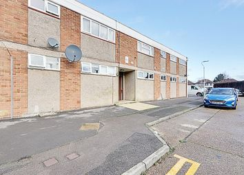 Thumbnail 2 bed flat for sale in Chesil Way, Hayes