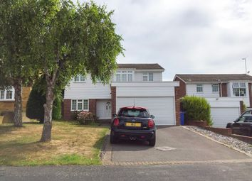 Primrose Drive, Hartley Wintney, Hook RG27. 4 bed detached house