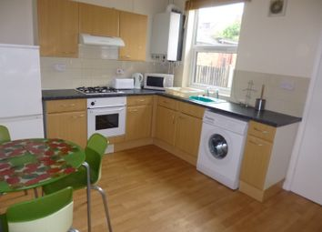 Thumbnail 2 bed property to rent in Hawthorne Grove, Beeston
