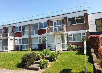 3 bed flat to rent in Garden Court, Marsh Lane, Stanmore, Middlesex HA7