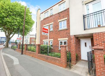 2 bed flat for sale in Waterside Close, Wolverhampton WV2