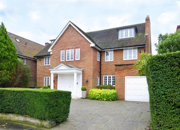 Thumbnail 8 bed property to rent in Winnington Close, Hampstead Garden Suburb