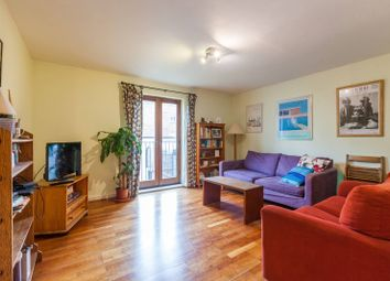 2 bed flat to rent in Sunlight Square, Bethnal Green, London E2
