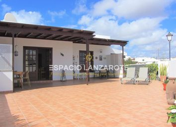 Thumbnail 2 bed chalet for sale in Lanzarote 35580, Playa Blanca, Lanzarote