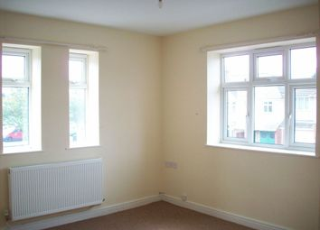 Thumbnail 1 bed flat to rent in Gimson Road, Leicester