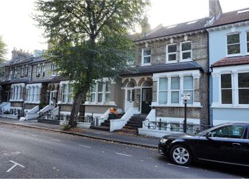 Thumbnail 1 bed flat to rent in Linden Gardens, Chiswick, London
