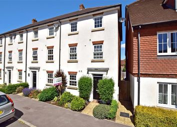 Thumbnail 5 bed town house for sale in Brookfield Drive, Horley, Surrey