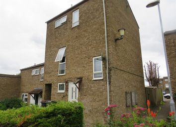 Thumbnail 3 bed town house for sale in Petersfield Gardens, Luton