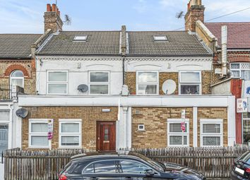 3 bed flat for sale in Spa Hill, London SE19