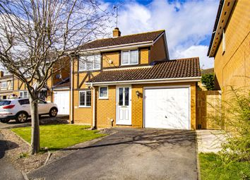 Thumbnail 3 bed detached house for sale in Arkwright Drive, Amen Corner, Bracknell, Berkshire