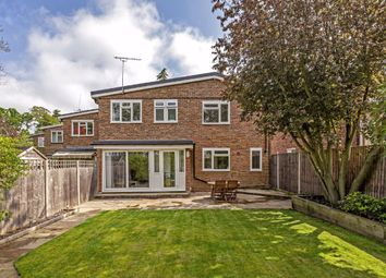 3 bed property for sale in Scrutton Close, London SW12