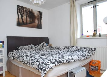 Thumbnail 2 bed flat for sale in Devonshire House, Isle Of Dogs
