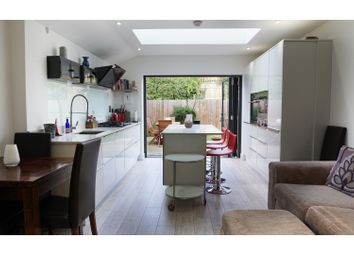 Thumbnail 3 bed maisonette for sale in Willow Road, Ealing