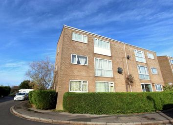 Thumbnail 2 bed flat to rent in Sandgate, Swindon, Wiltshire
