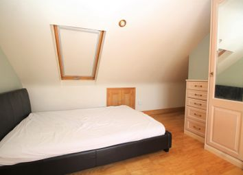 1 bed property to rent in Straight Road, Romford RM3