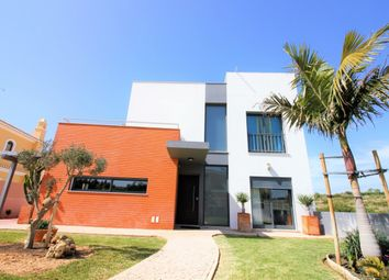 Thumbnail 4 bed villa for sale in Armação De Pêra, Portugal