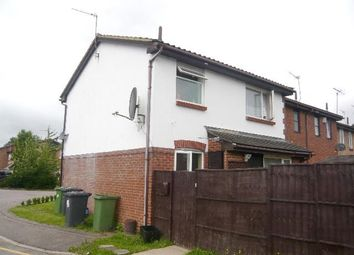Thumbnail 1 bed property to rent in Siskin Close, Borehamwood