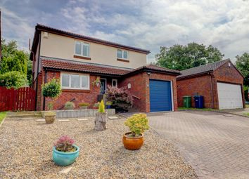 Thumbnail 3 bed detached house for sale in Bowes Close, Sunniside, Gateshead