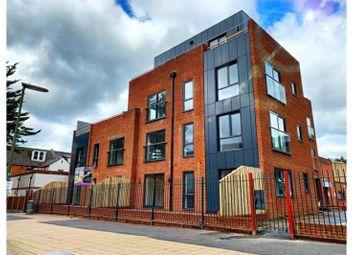 Knoll Road, Camberley GU15. 1 bed flat