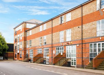 Thumbnail 5 bed flat to rent in Hawgood Street, Bow