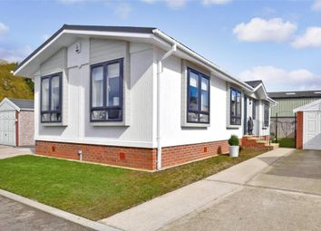 Thumbnail 2 bed mobile/park home for sale in Shepherds Rise, Willow Tree Farm, Hythe, Kent