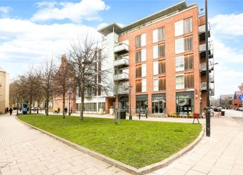 2 bed flat for sale in Queen Square Apartments, Bell Avenue, Bristol BS1