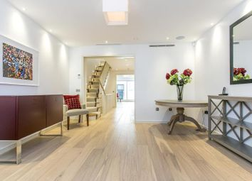 Thumbnail 4 bedroom detached house for sale in Star Yard, Holborn, London