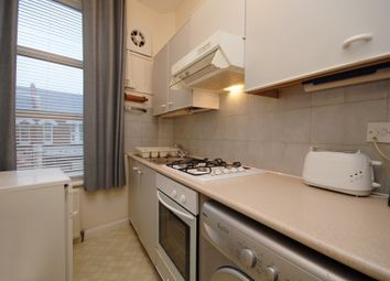 Thumbnail 1 bed flat to rent in Willesden High Road, London