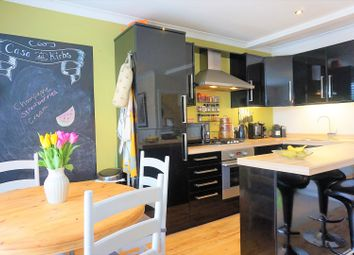 Thumbnail 2 bed flat for sale in High Street, Esher