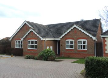 Thumbnail 3 bedroom bungalow to rent in Travis Grove, Bletchley, Milton Keynes