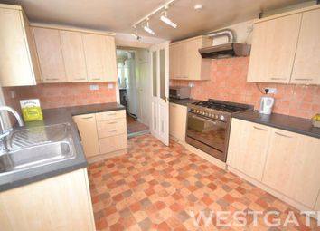 Thumbnail 6 bed terraced house to rent in Addington Road, Reading