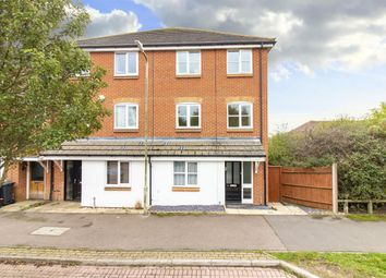Thumbnail 5 bed town house for sale in Fairview Drive, Ashford, Kent