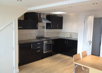 Thumbnail 1 bed flat to rent in Welldon Crescent, Harrow-On-The-Hill, Harrow