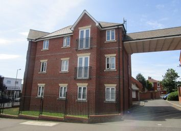 Thumbnail 2 bed flat for sale in Goring Road, Colchester