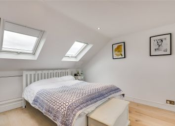Thumbnail 5 bed flat to rent in Beverstone Road, London