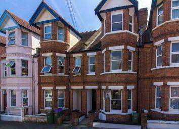 Thumbnail 3 bedroom flat for sale in Radnor Park Crescent, Folkestone