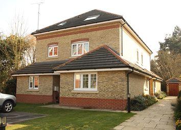 Thumbnail 2 bedroom flat to rent in Salisbury Road, Woking