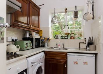 Thumbnail 2 bed flat to rent in Wimbledon Hill Road, Wimbledon