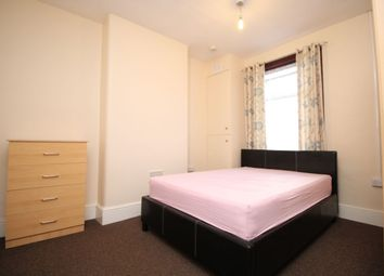Thumbnail Room to rent in Blythswood Road, Seven Kings, Ilford