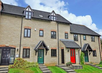 Thumbnail 2 bed flat to rent in Ducklington Lane, Witney