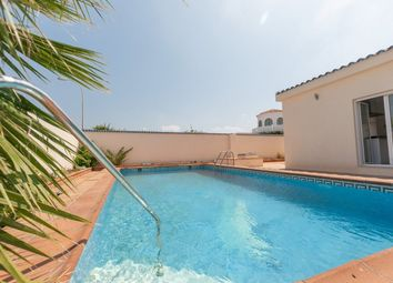 Thumbnail 4 bed villa for sale in La Siesta, Torrevieja, Spain