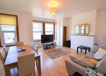 2 bed flat to rent in St. Andrews Road, Enfield EN1