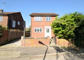 Thumbnail 3 bed detached house to rent in The Causeway, East Finchley